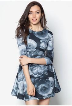 玫瑰花七分袖連身裙