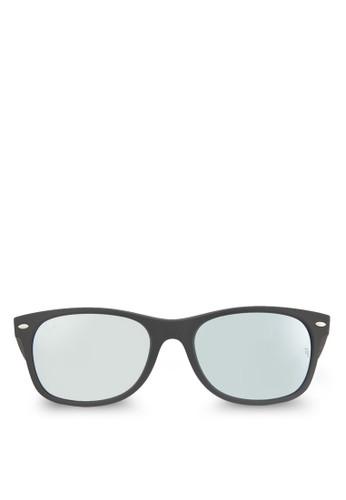 New Wayfarer 太陽眼鏡, 飾品配件zalora退貨, 長框