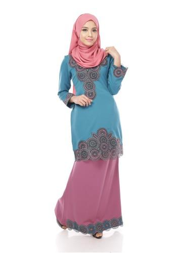 Adira Block Kurung Modern Turquoise Pink from Maribeli Butik in Pink