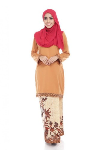 Seri Maharani Kurung Modern Batik – Caramel from Seri Maharani in Orange
