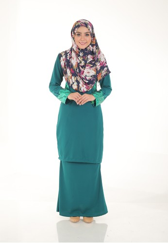 Arianna Modern Kurung from Saqma Boutique in Green