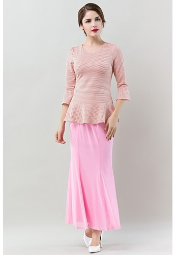 Bell Sleeves Style Baju Kurung Moden from Era Maya in Pink