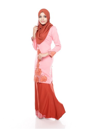 Maribeli Butik Rossa Kurung – Dark Peach Chocolate from Maribeli Butik in Brown