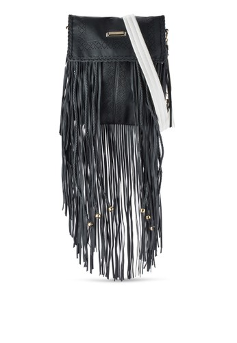 流zalora時尚購物網的koumi koumi蘇雕花斜背包, 包, 包