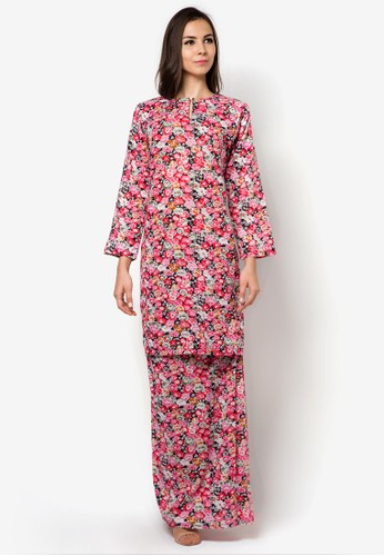 Nadra Baju Kurung Pahang from Jennifer Creations in Red