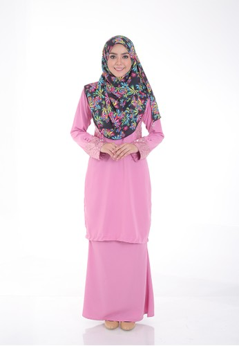 Arianna Modern Kurung from Saqma Boutique in Pink
