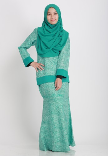 Kurung Moden from Buddeey.co in Green and Blue