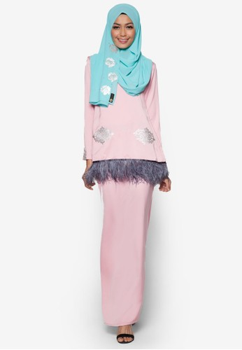 Elsa Kurung Modern from Garden Of Zaira in Pink