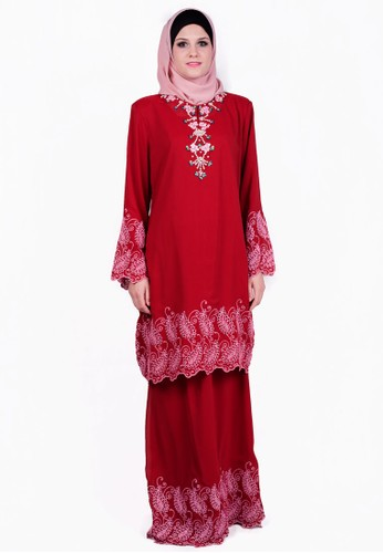 Baju Kurung With Bead And Embroidery from ESPRIMA in Red