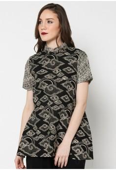 Model Baju Kerja Batik Wanita Lengan Pendek