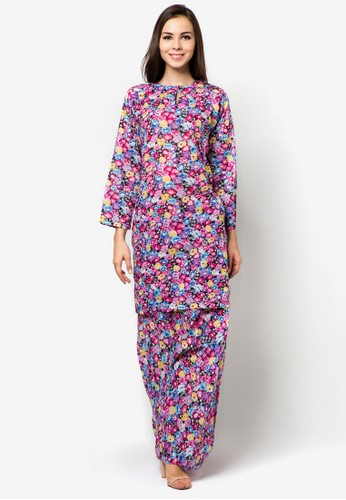 Lashirah Baju Kurung Pahang from Jennifer Creations in Multi