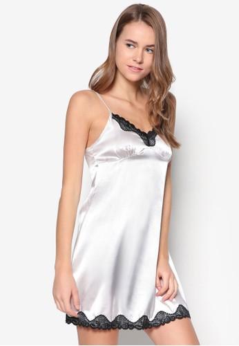 zalora退貨緞面細肩帶睡裙, 服飾, 睡衣