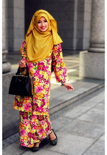 Lebaran CHANTEK Blossom from Amani Muslimah Essentials in Yellow and Multi