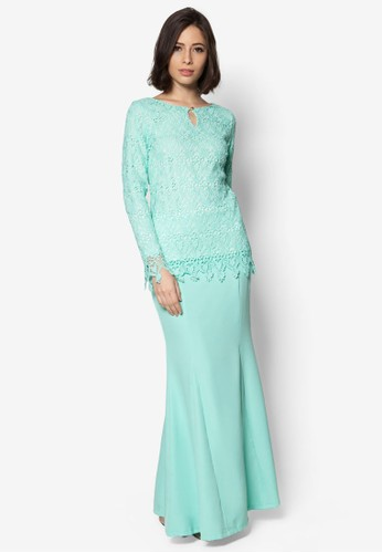 Elsa Keyhole Lace Kurung from VERCATO in Green