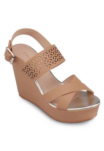 交叉帶雕花繞踝楔形鞋, 女鞋, zalora退貨楔形涼鞋