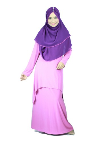 Aleyka Baju Kurung Magenta from anisse in Purple