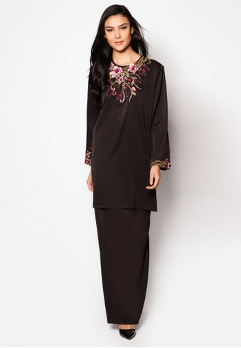 Plus Size EmbroideRed Kurung Moden from Jasmina Collection in Black