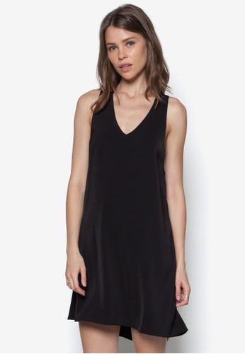 挖背寬鬆連zalora 台灣身裙, 服飾, 洋裝