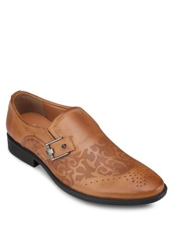 zalora 包包評價沖孔雕花扣環紳士皮鞋, 鞋, 鞋