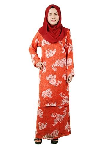 Baju Kurung Pesak from Delimamoda in White and Orange