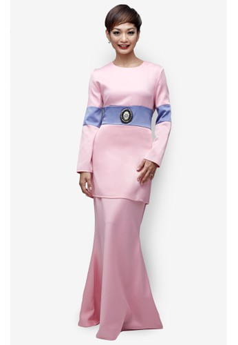 Emel x Atilia Haron Pussilus Modern Baju Kurung from Emel by Melinda Looi in Pink