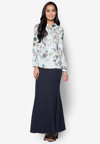 Baju Kurung Moden Floral - Vercato Aimes from VERCATO in Blue