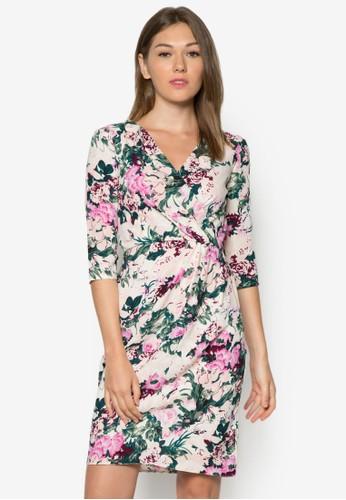 碎花裹式繫帶洋裝zalora taiwan 時尚購物網鞋子, 服飾, 洋裝