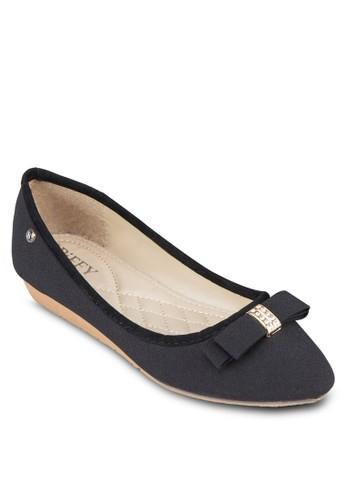 撞zalora時尚購物網的koumi koumi色滾邊蝴蝶結娃娃鞋, 女鞋, 芭蕾平底鞋