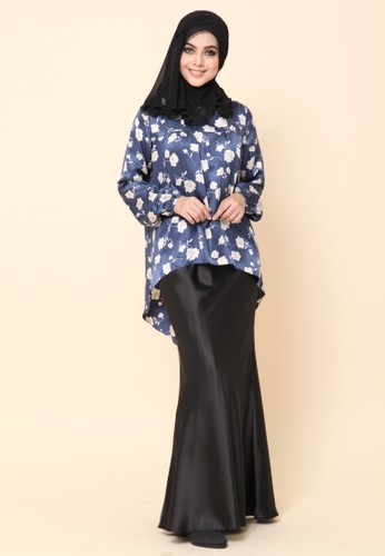 Mini Kurung Fishtail Navy Blue from Dirs in Blue