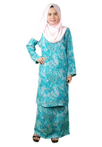 Baju Kurung Pesak from Delimamoda in Grey and White and Green and Blue